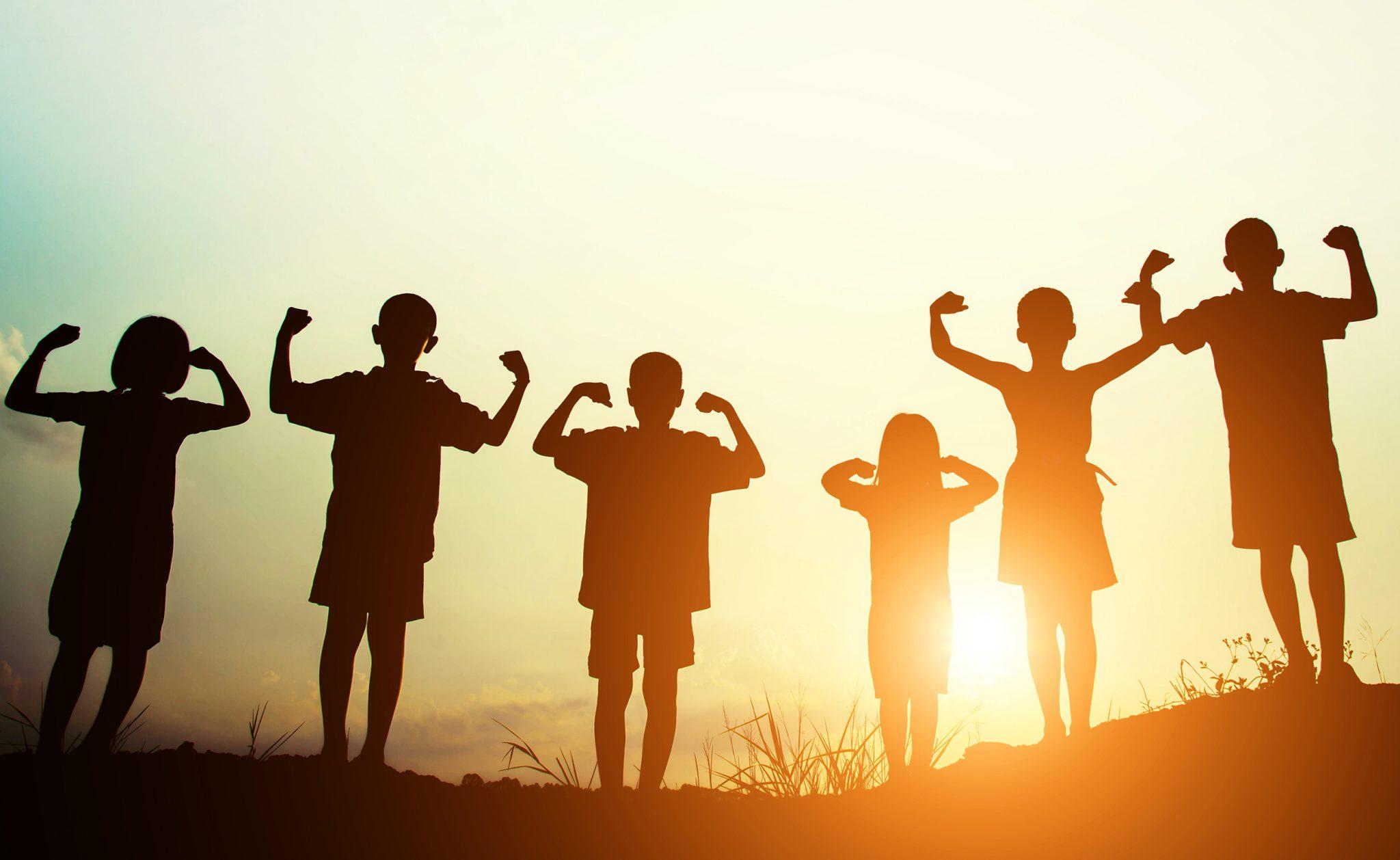 children back sun light