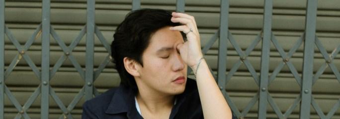 sinus infection symptom - pressure behind eyes