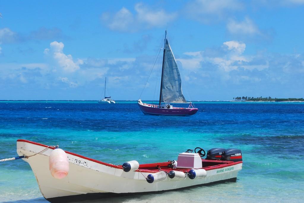 Boats at Tobago Cays.JPG