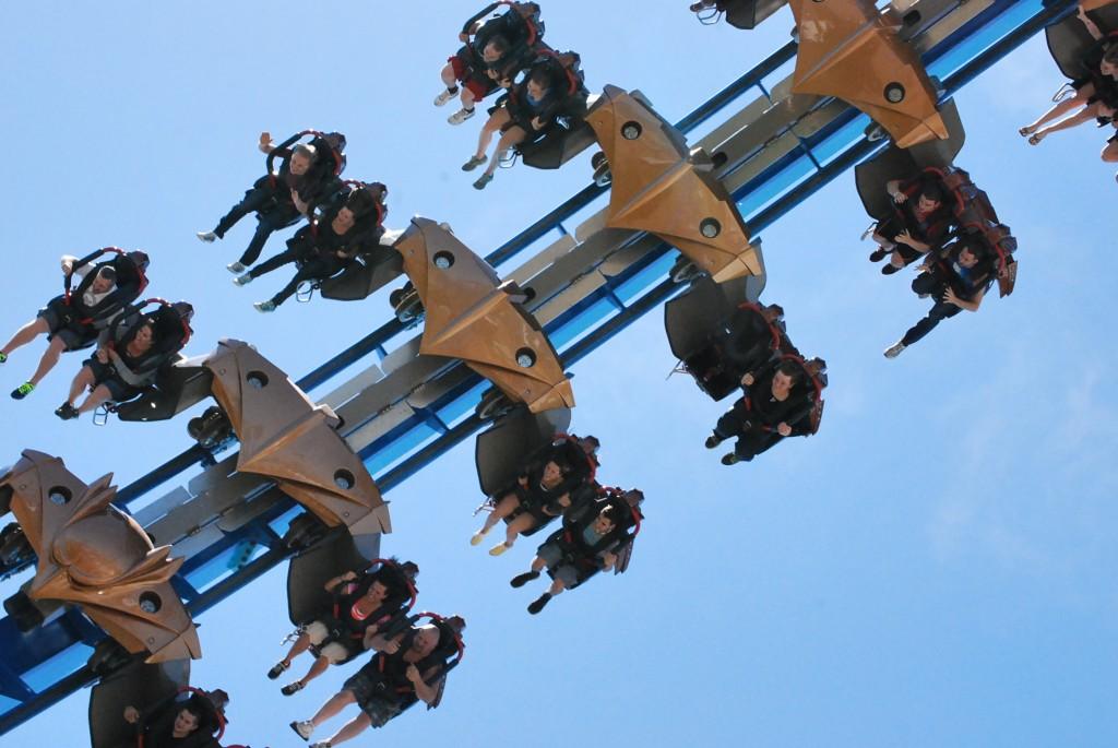 Rollercoaster.Gateway.CedarPoint.JPG