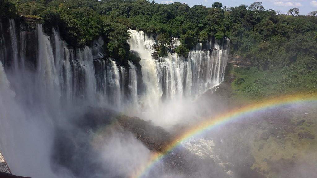 Waterfall.Rainbow.cataracts-pixabay.jpg