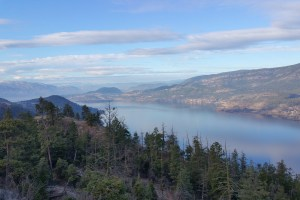 Hiking above okanagan-lake