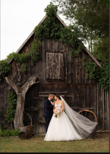 "ShootCreateCaptivate - ""Rustic Wedding"" - Post Processing Tutorial"