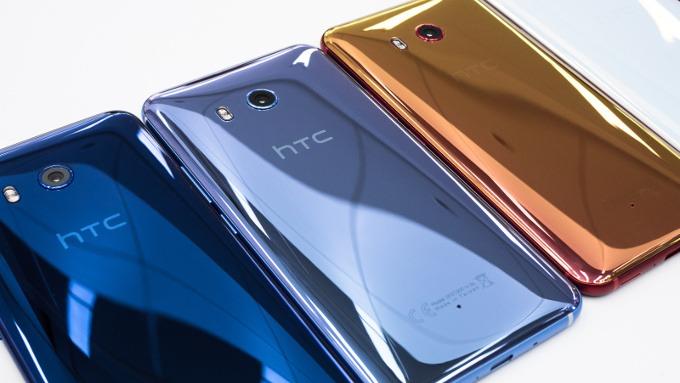 HTC U11 Life レビュー:少し安っぽいが、性能は高くカメラも良い