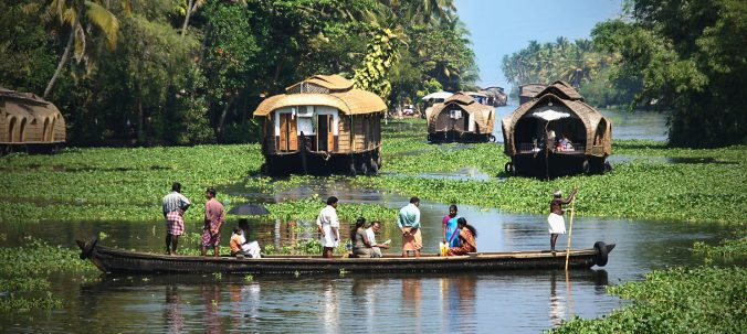 kerala-backwater-houseboat-e1465631404620.jpg