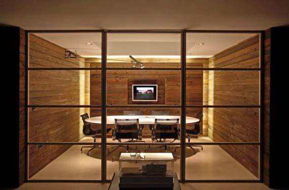 Modern And Elegant House Design By Nicolas Tye Architects