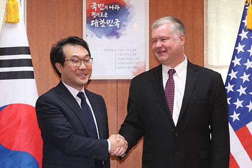 Nuke Envoys of S. Korea, US Meet 3 Times in New York