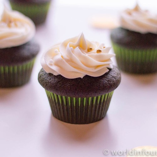 Green velvet cupcake recipe
