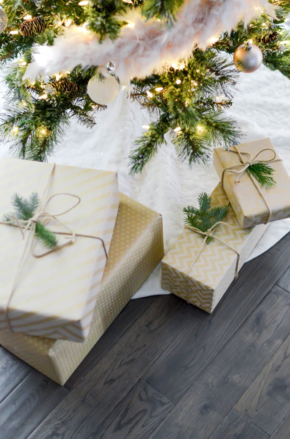 Move over Halloween, it's time to switch gears to Christmas. If you're ready to start your holiday shopping but at a loss for ideas, check out The Best Holiday Gift Guide For Tech Lovers of All Ages. We have something for every man, woman, and child.