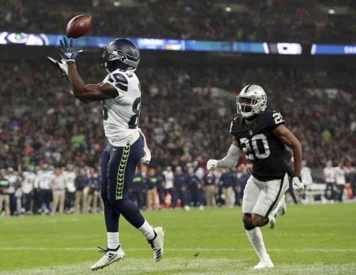 Seahawks defeat Raiders