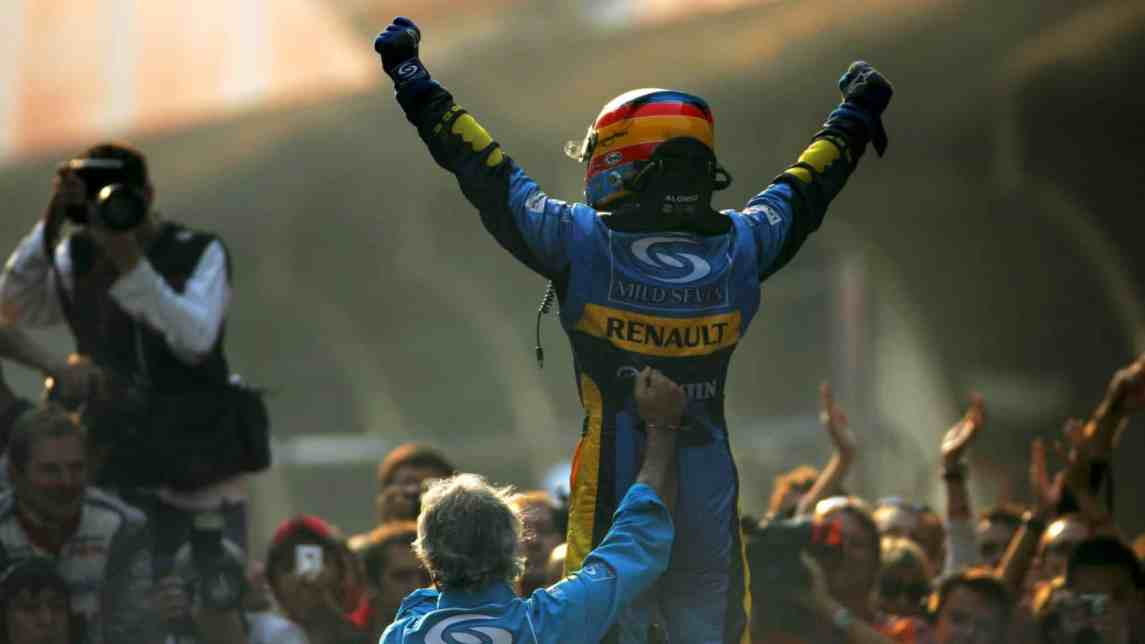 Alonso Became The Youngest Ever F1 World Champion In 2005