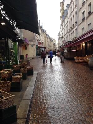 улица Моуфтард в Латинском квартале Парижа