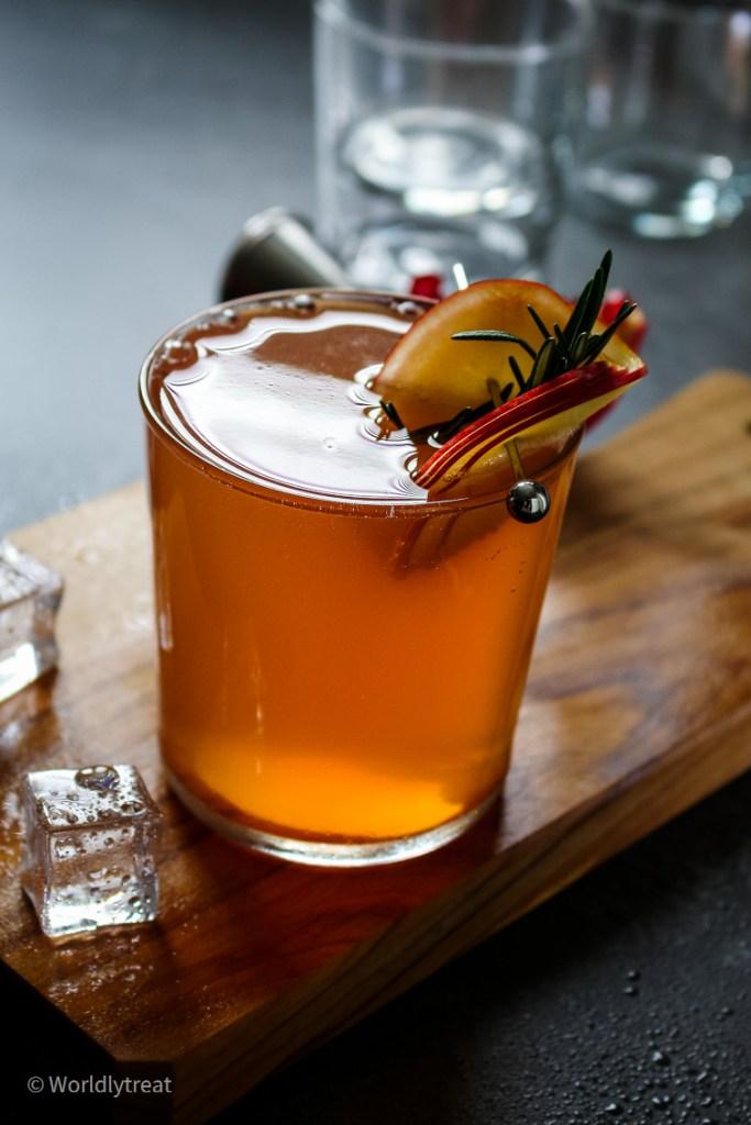 pom-cider Martini