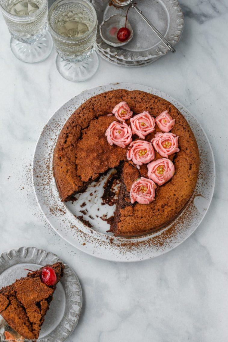 Flourless Chocolate Cake With Mint