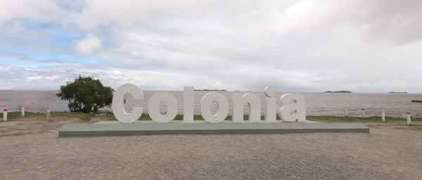 Day Trip to Colonia: Colonia Sign