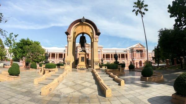 Budget Friendly Things to do in Bangkok: Saranrom Palace