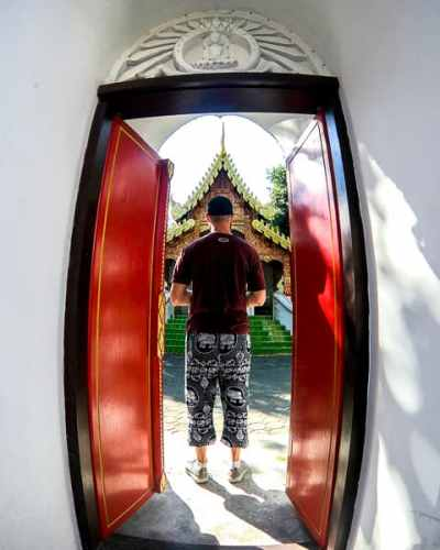 Budget Guide to Chiang Mai: Walk around the Old City