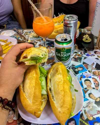 Best Places to eat in Hoi An: Bahn My Phoung