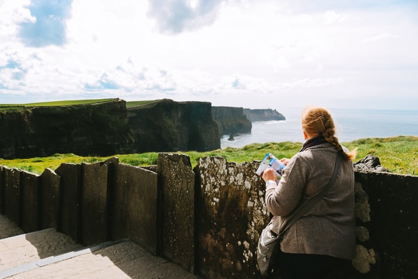 Cheapest ways to get to the Cliffs of Moher