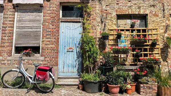 Bruges on a Budget - Bike to Damme