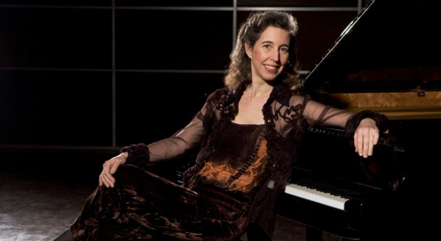 Angela Hewitt: At the Heart of Bach's Keyboard