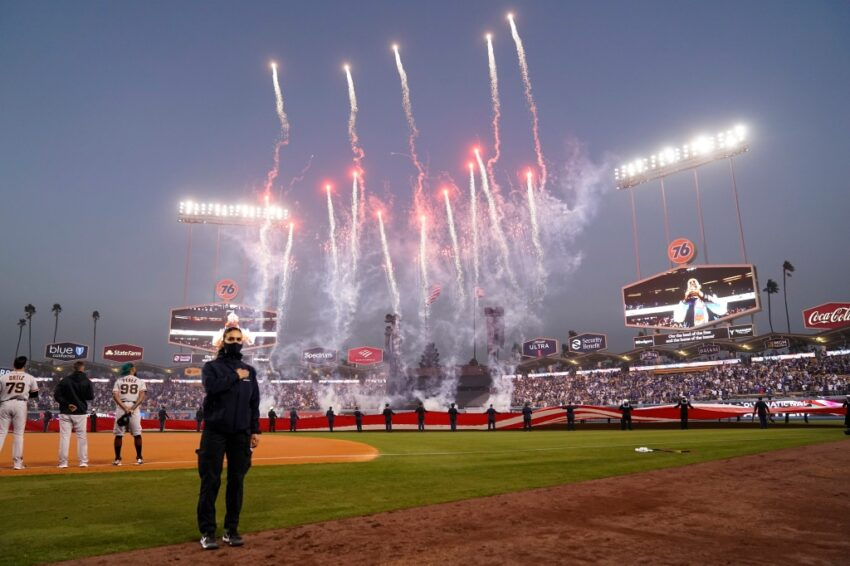 Live NLDS updates: SF Giants can eliminate Dodgers in Game 4