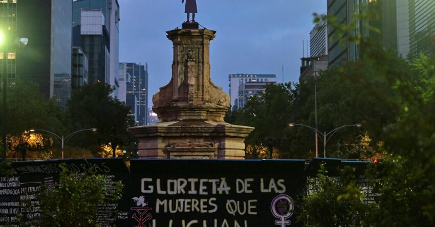 Mexico City Replaces a Statue of Columbus With One of an Indigenous Woman