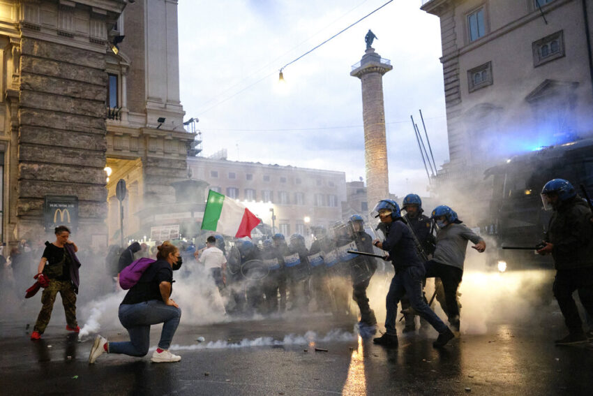 Neo-fascists take advantage of anger over COVID rules in Italy