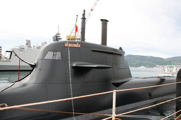 Italy receives fourth Type 212A
