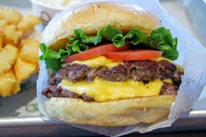 Shake Shack Double Cheese Burger