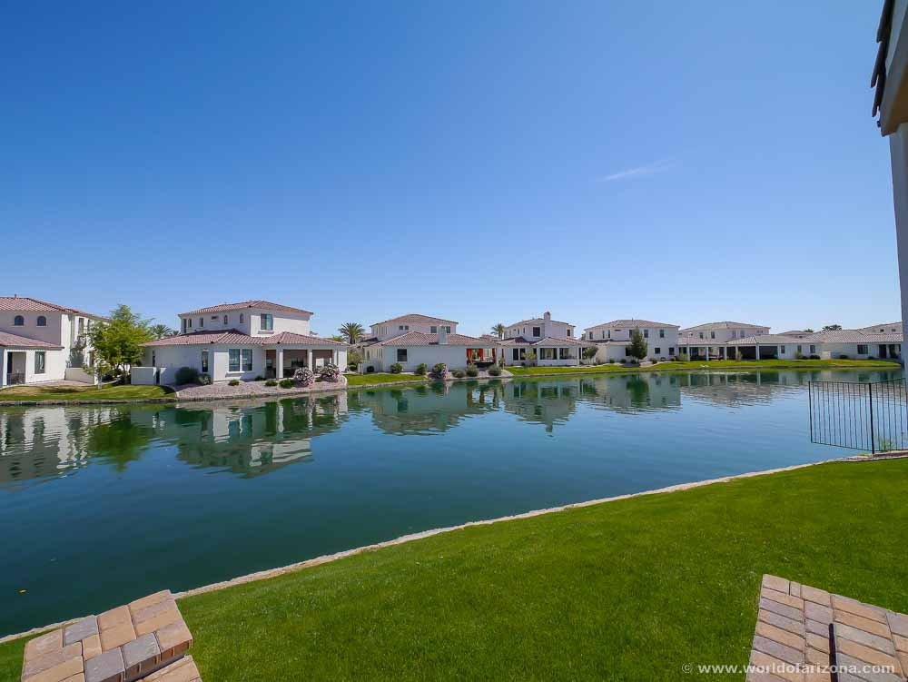 Villa Del Lago | Neighborhood In Chandler, AZ