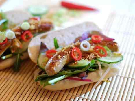 broodje-hotdog-teriyaki-tauge-gebakken-uitjes-04