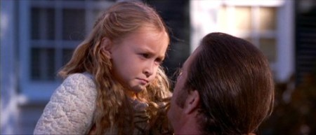 Skye Bartusiak as Susan Martin in the Patriot (2000)