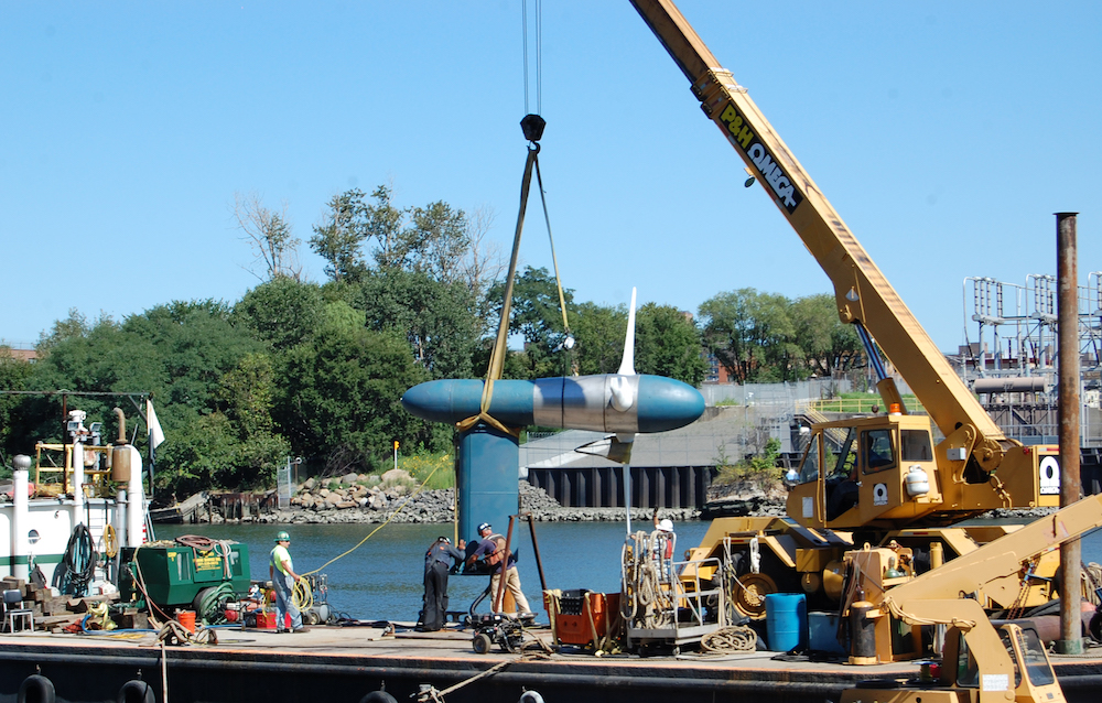 Verdant Power installation of a tidal turbine at the RITE Project, East River, NYC. (Copyright Verdant Power) 2