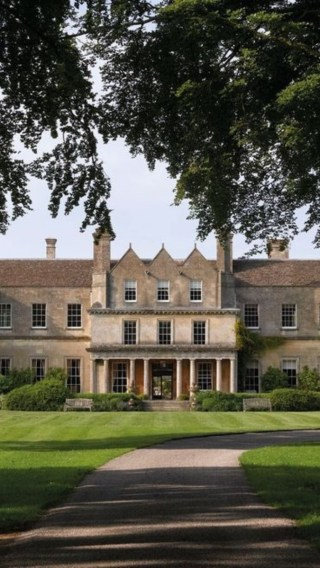 These are the best luxury hotels in the Cotswolds for a weekend away