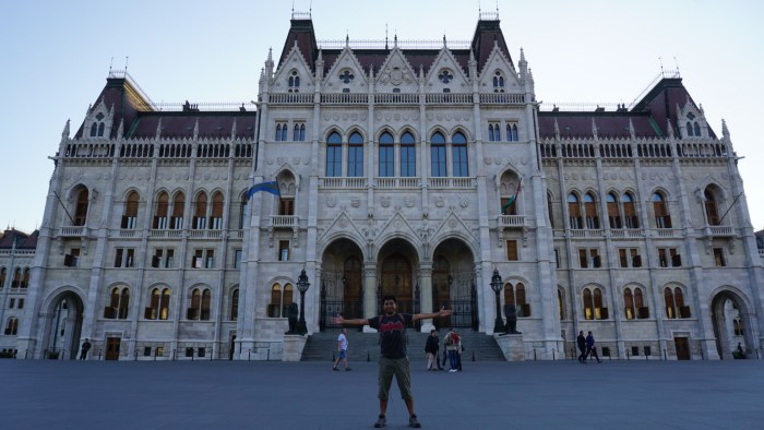 is Budapest worth visiting