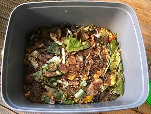 Organische Abfälle zur Herstellung von Bokshi