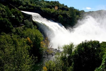 Thundering Hydro Villabelgrno