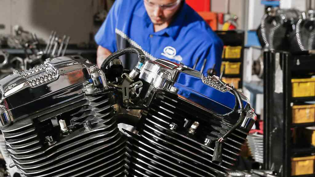 How Long Does It Take To Become A Mechanic?