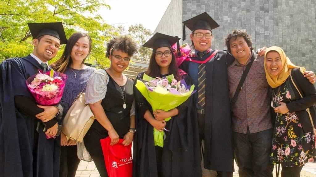 La Trobe International Academic Scholarship in Australia