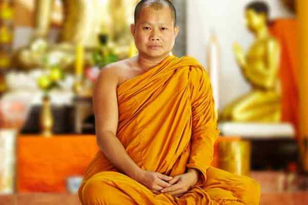 how-to-become-a-buddhist-monk-in-usa-uk-india