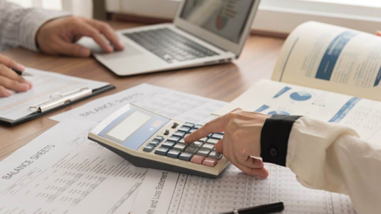 How to Become a Business Analyst in 2021: Schools, Salary, Cost, Requirements