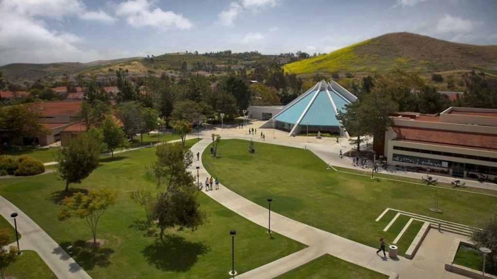 Concordia University Irvine: Acceptance rate, Programs, Tuition, Ranking, Scholarships