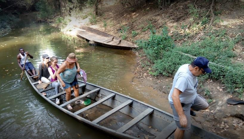 Canoe safari on the Mole River, Mognori - Larabanga