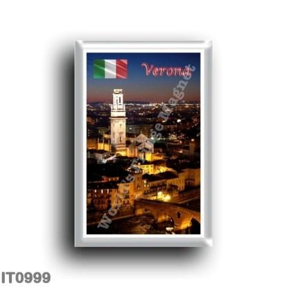 IT0999 Europe - Italy - Veneto - Verona - Duomo and Ponte Pietra by night
