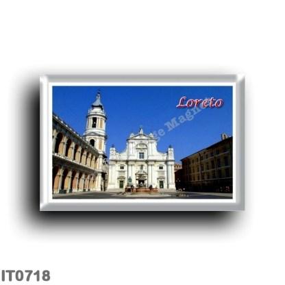 IT0718 Europe - Italy - Marche - Loreto - Piazza della Madonna