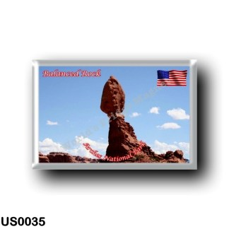 US0035 America - United States - National Park - Arches - Balanced Rock