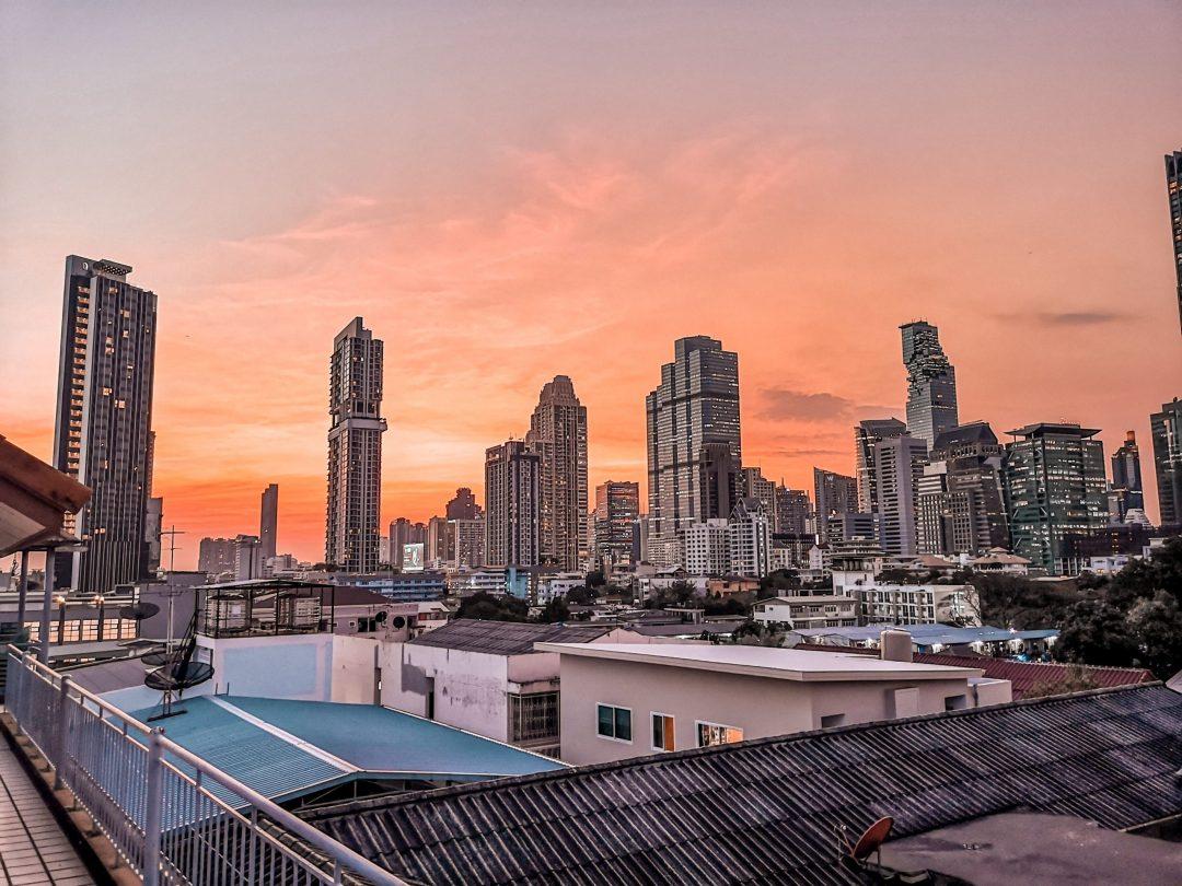 202002-bangkok-thailand-sunset-view-skyline