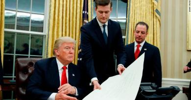 Trump Unveils Immigration And Border Security Bill In Cabinet Meeting