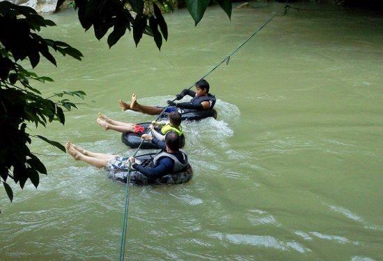 kayaking vang vieng 104 (550x376)